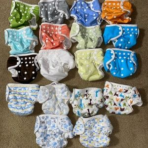 18 Thirsties one size pocket cloth diapers inserts